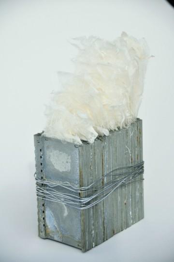 Federhalter, 19x10x6 cm, handgeschöpftes Japanpapier aus Kozo, Metall 2010
