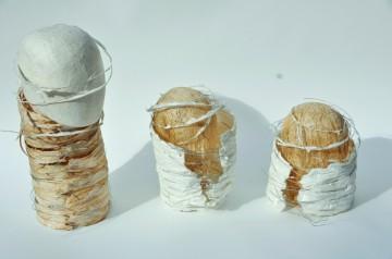 Naissance, Kozo, Japanpapier aus Kozo, abgeformte Objekte, Draht 2010